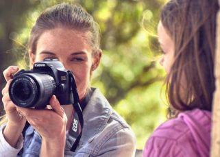 Review Canon EOS 250D